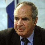 Σ. Παναγούλης: «Να εύχεστε να μην έχετε το τέλος του Αμερικανού Πρέσβη στη Λιβύη»