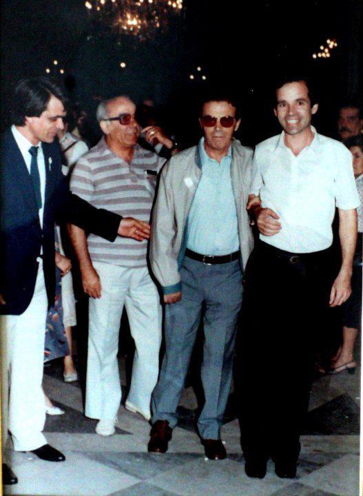 O αείμνηστος Σπύρος Μουστακλης στη πλατεία της Μακρακώμης