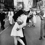 Πέθανε ο ναύτης που έδωσε το πιο διάσημο φιλί της ιστορίας