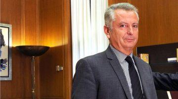 «Χώσιμο» από Γ. Παπαχρήστο σε υπ. Υγείας: Ο Καραγκιόζης ως υπουργός καλύτερα θα τα κατάφερνε