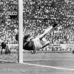Πριν 47 χρόνια: Η κορυφαία απόκρουση στα ποδοσφαιρικά χρονικά
