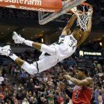NBA: «Ταύρος» ο Αντετοκούνμπο! «Διέλυσε» τους Μπουλς [vid]