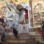Η «ιπτάμενη» έξοδος του Παπά Χριστόφορου στη Χίο! video